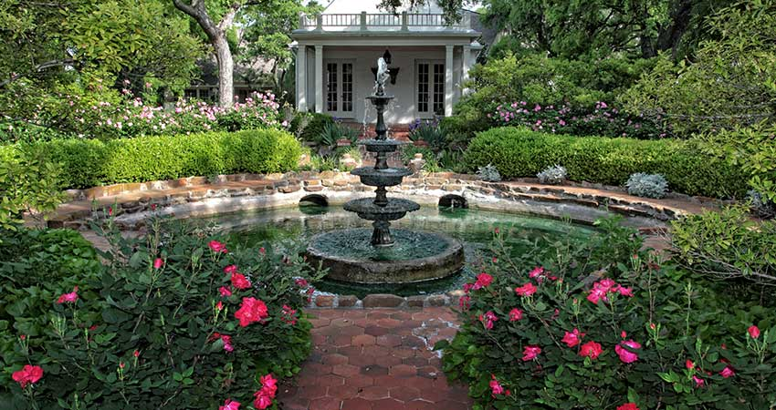 Chandor Gardens Tiered Fountain